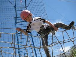 高架繩網培訓百科_高空繩網拓展